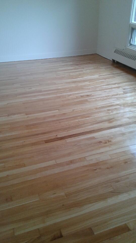 poseur de plancher de bois franc et de plancher flottant. Black Bedroom Furniture Sets. Home Design Ideas